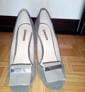 Туфли замшевые р.38,5