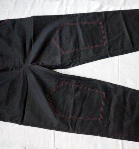 Штаны из очень плотной джинсы
