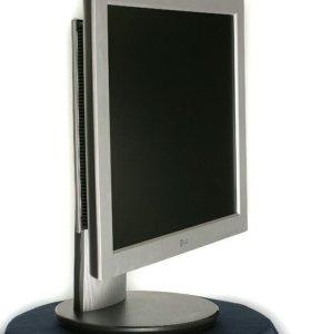 Продам монитор LG L1730B.