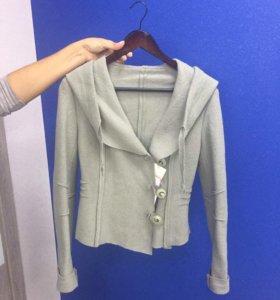 Пальто-пиджак новое