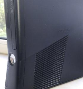 Игровая приставка Xbox 360 slim 250 Гб + Игры