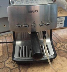Кофе машина ,немецкая рожковая