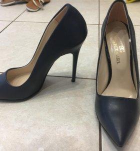 туфли новые натуральные 37 размер