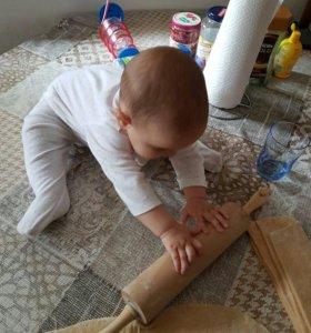 Няня уход за ребенком