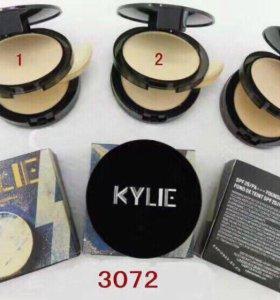 Компактная пудра для макияжа Kylie