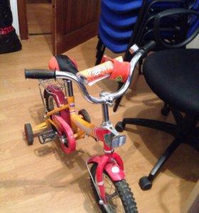 Велосипед детский 4х колесный