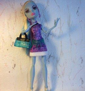 Кукла Monster High Эбби Боминейбл.