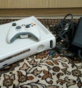 Xbox 360 lt 3.0 + геймпад+ 4 игры