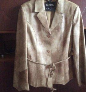 Куртка- пиджак женский из натуральной кожи р.44