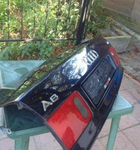 Крышка багажника Audi А8