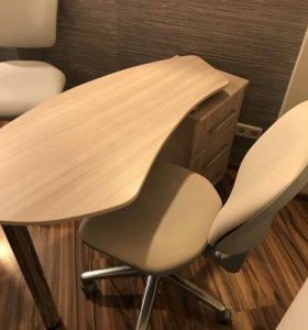 Маникюрный стол + стул
