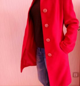 Продаю пальто.