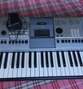 Yamaha PSR - E413