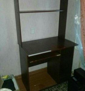 Компьютный стол