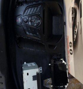 Магнитола и рамка Ford Focus 3