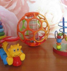 игрушки 4 шт.