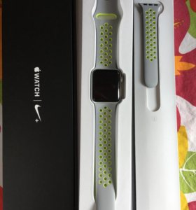Смарт-часы Apple Watch Series 2 Nike+ 38 мм
