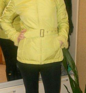 Куртка женская 42-44 размерв