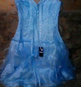 Продам новое нежно голубое платье