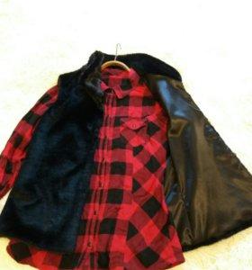 Брюки,джинсовка, рубашка с жилеткой