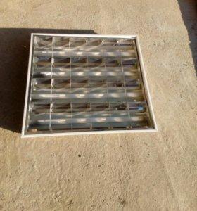 Светильники потолочные б/у 250 руб за лампу их 9