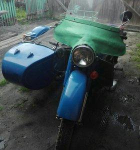 Мотоцикл Урал ИМЗ 8