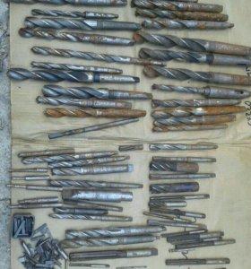 Сверла резцы развертки токарного станка
