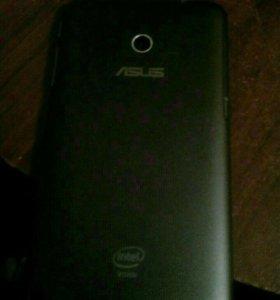 Телефон-планшет ASUS