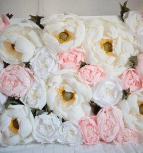 Цветочное панно из креп-бумаги