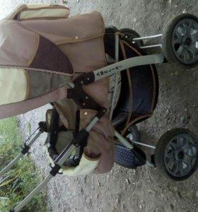 Продается детская коляска амелия