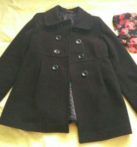 Пальто+шарфик в подарок