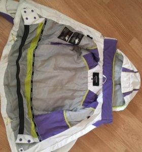 Куртка женская горнолыжная р-р 42