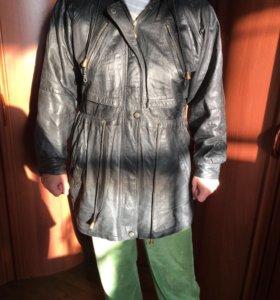 Женская кожаная куртка 48 размер