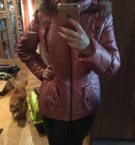 Женская куртка размер S