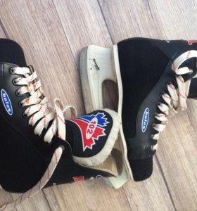 Коньки Хоккейные Botas Montreal 102
