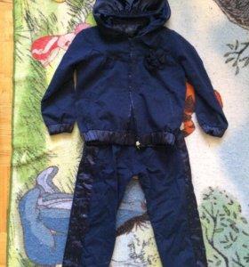 Новый костюм на девочку 104 ( Турция)