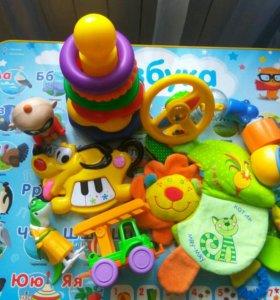 Комплект игрушек