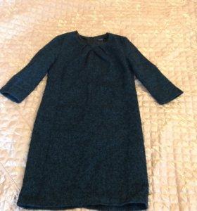 Платье тёплое . Ткань букле.