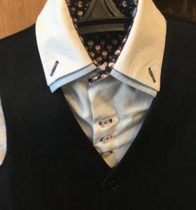 2 рубашки, жилетка, пиджак. На 1-2класс