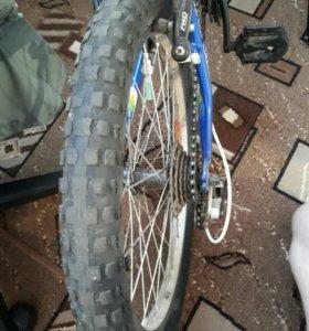 Велосипед 18- ти скоростной