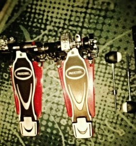 Двойная педаль для бас барабана