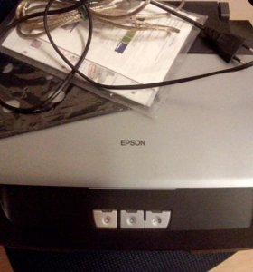 Струйный принтер Epson Stylus Photo R270