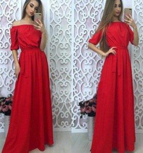 Красное платье макси.