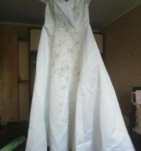 Свадебное платье 160/S