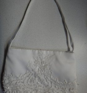 свадебная сумка белая с бисером.