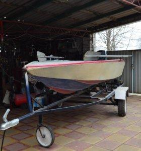 лодка моторная с прицепом мотор ветерок 8 -м