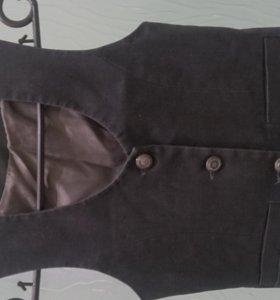 школьная форма- юбки, пиджак, сарафан, жилет