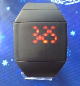 Светодиодные электронные часы