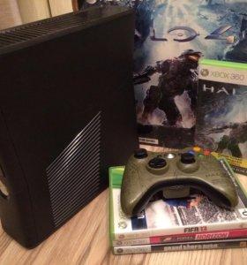 Xbox360 250gb HALO edition