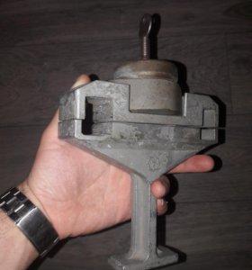 Советский педальный замок Луч-3